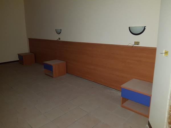 Immagine n. 33 - 25#3428 Arredamenti per stanza hotel