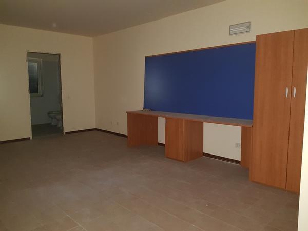 Immagine n. 42 - 25#3428 Arredamenti per stanza hotel