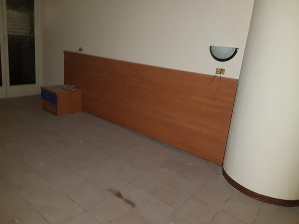Immagine n. 50 - 25#3428 Arredamenti per stanza hotel