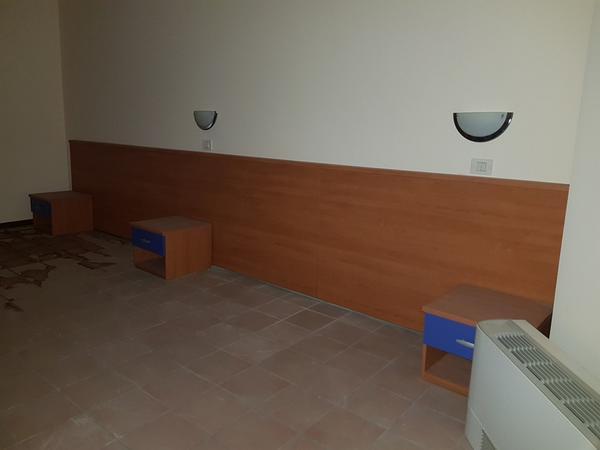 Immagine n. 64 - 25#3428 Arredamenti per stanza hotel