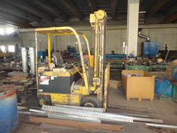 Cesab lifter - Lot 16 (Auction 3429)