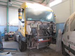 Iveco Magirus tractor unit - Lot 30 (Auction 3441)