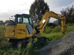 New Holland hydraulic excavator - Lot 2 (Auction 3444)