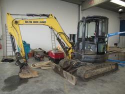 New Holland hydraulic excavator - Lot 5 (Auction 3444)