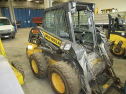 New Holland self propelled skid steer loader - Lot 7 (Auction 3444)