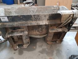 Hydraulic mixing bucket - Lot 70 (Auction 3444)