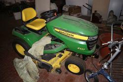 John Deere hydrostatic tractor X540 - Lot  (Auction 3453)