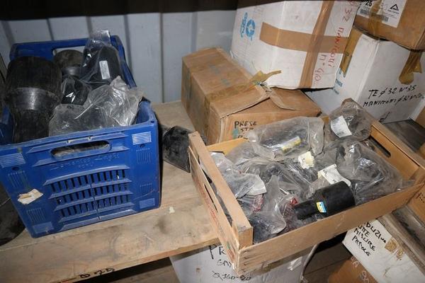 Immagine n. 11 - 1#3455 Materiale per costruzione