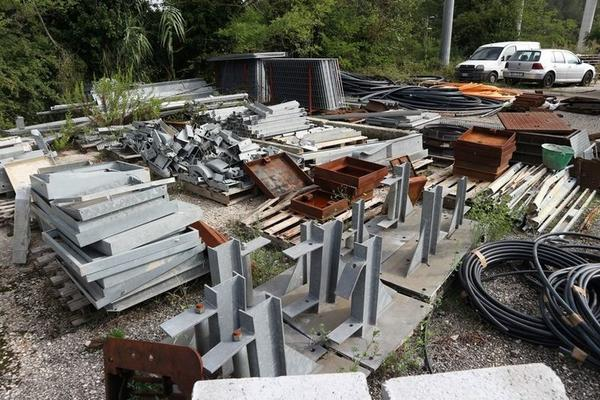 Immagine n. 41 - 1#3455 Materiale per costruzione