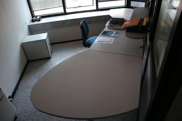 Immagine n. 19 - 2#3455 Arredi e attrezzature ufficio