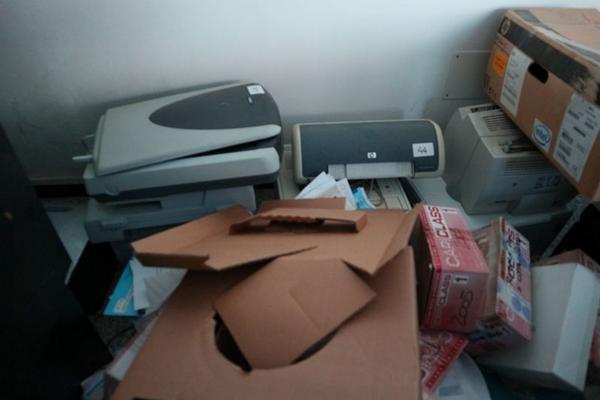 Immagine n. 21 - 2#3455 Arredi e attrezzature ufficio