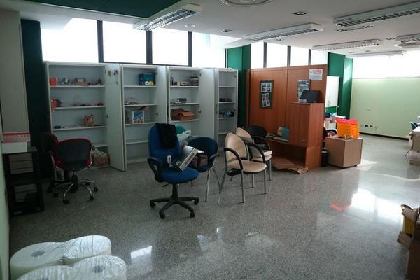 Immagine n. 28 - 2#3455 Arredi e attrezzature ufficio