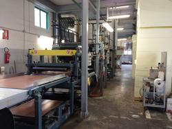 Linea incollaggio per produzione pannelli sandwich termoisolanti - Lotto  (Asta 3456)