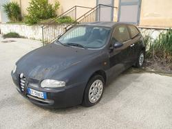 Fiat 600 and Alfa Romeo 147 cars - Lot  (Auction 3465)
