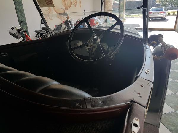 Immagine n. 16 - 1#3468 Autovettura Renault Torpedo NN 1928