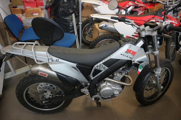 3#3474 Moto HM Scrambler