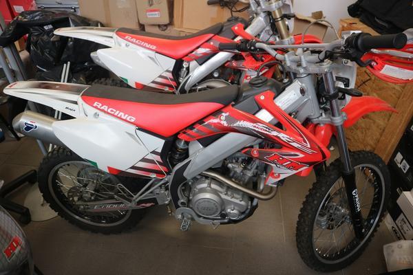 4#3474 Moto HM CRE