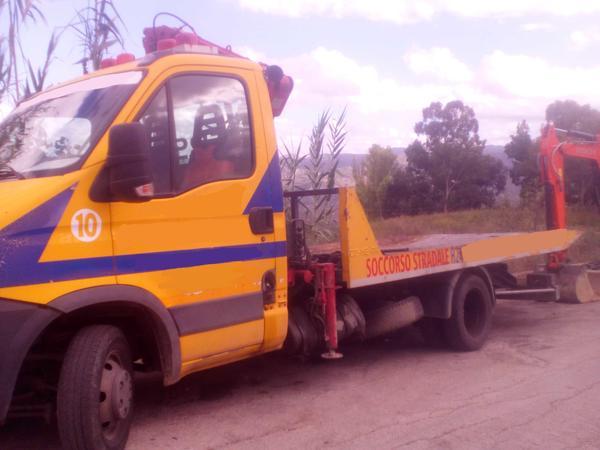Immagine n. 3 - 1#3495 Autogru Iveco 50 E4 per soccorso stradale