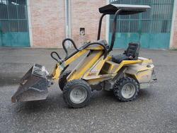 Avant 520  skid steer loaders - Lot 1 (Auction 3501)