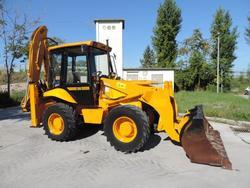 JCB 2 DX backhoe loader - Lot 1 (Auction 3513)