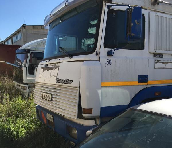 1#3520 Autocarro Iveco 190-36 e rimorchio