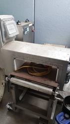 Safeline metal detector - Lot 23 (Auction 3529)