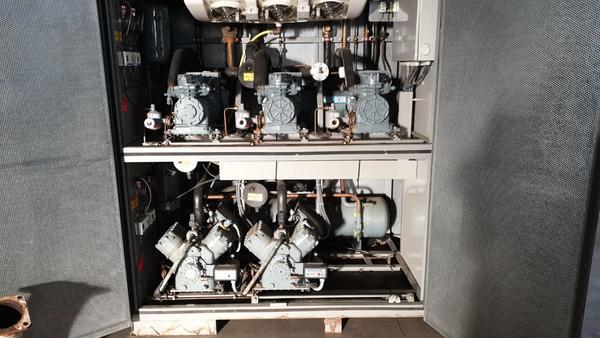 Immagine n. 1 - 26#3529 Gruppo compressori frigo