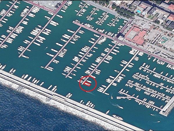 2539#3551 Posto barca PORTO TURISTICO DI LAVAGNA n 66 pontile G