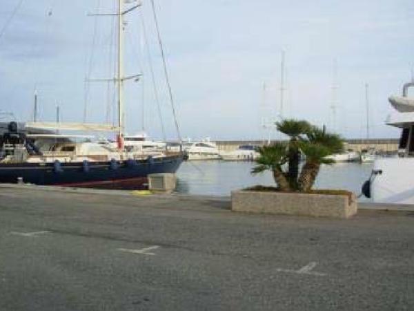 Immagine n. 3 - 2541#3552 Posto barca PORTO DI SANTO STEFANO AL MARE di IMPERIA