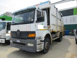Mercedes Benz garbage truck - Lot 32 (Auction 3561)
