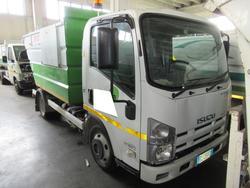 Isuzu M 50 Evolution garbage truck - Lot 72 (Auction 3561)