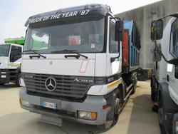 Mercedes Benz truck - Lot 33 (Auction 3562)