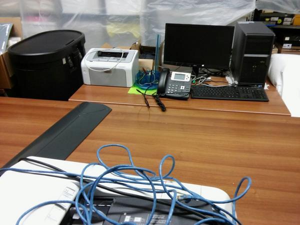 1011 3563 arredi ufficio e attrezzature elettroniche for Aziende arredamento veneto