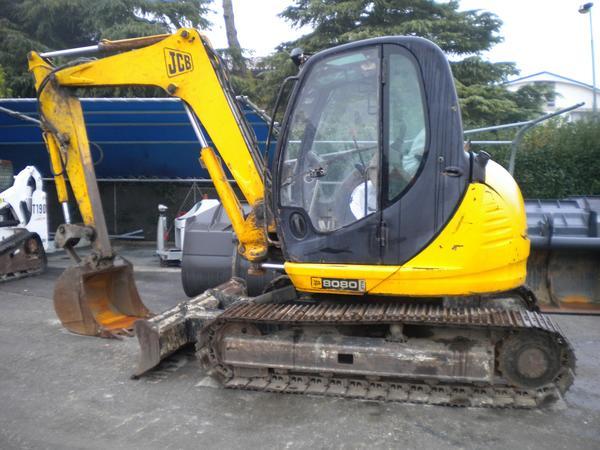 3#3576 Mini escavatore cingolato JCB 8080