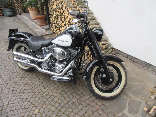 2#3582 Motocicletta Harley Davidson