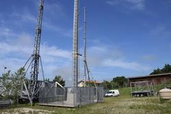 Basamento con palo per telecomunicazioni - Lotto 12 (Asta 3589)