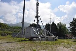 Carrello con shelter e traliccio per telecomunicazioni - Lotto 8 (Asta 3589)