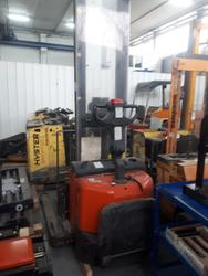 Cesab Bt pallet truck with upright - Lot 1 (Auction 3592)