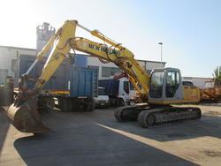 New Holland E245B crawler excavator - Lot 2 (Auction 3595)