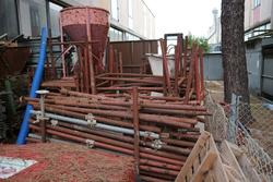 Scaffolding equipment and bucket for cranes - Lote 1 (Subasta 3597)