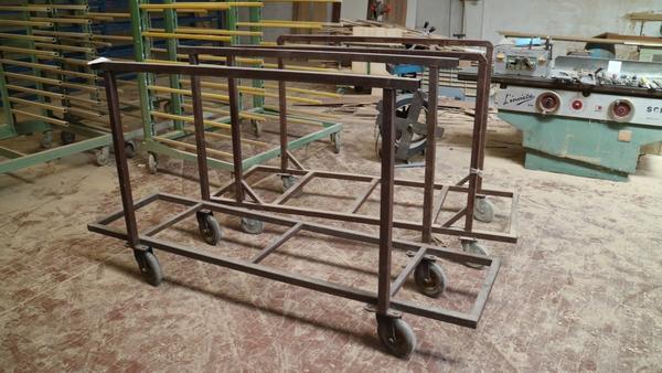 Immagine n. 2 - 18#3629 Carrelli e contenitori metallici