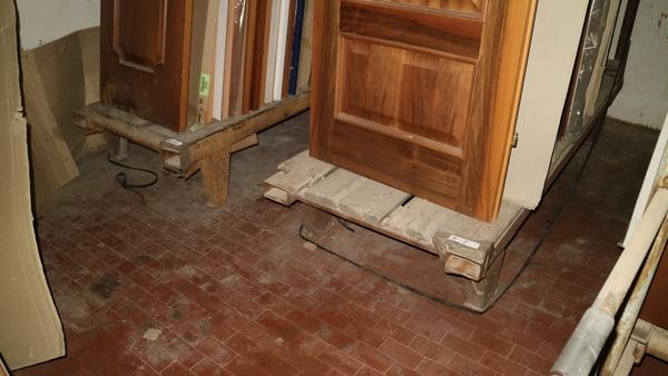 Immagine n. 24 - 22#3629 Bancali e transpallet per porte