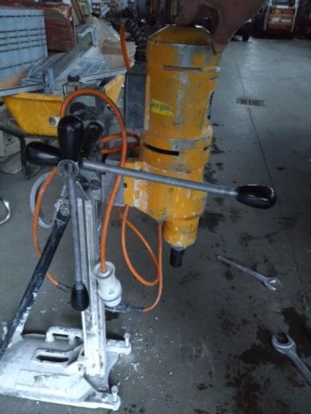 20#3635 Carotatrice/Perforatore 220 volt Hidrostress