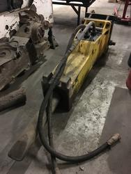 Atlas MB1650 hydraulic breaker hammer - Lot 4 (Auction 3637)