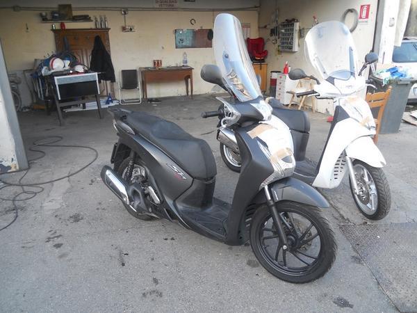 Immagine n. 3 - 1#3642 Motociclo Honda SH 125