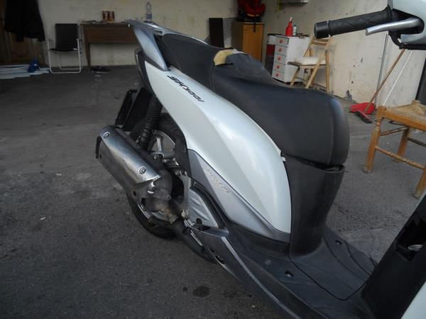 Immagine n. 2 - 2#3642 Motociclo Honda SH 300