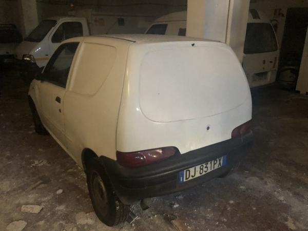 7#3645 Fiat Seicento Van