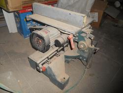 Bench saw and Atro stapler - Lote 4 (Subasta 3648)