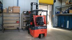 Toyota forklift - Lot 19 (Auction 3655)