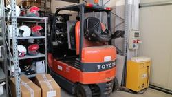 Toyota forklift - Lot 20 (Auction 3655)